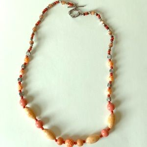 Jewelry - Coral bead necklace